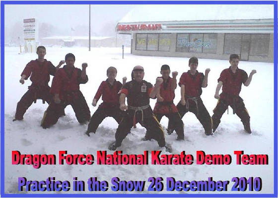 dragonforcepracticesnow26dec2010.jpg